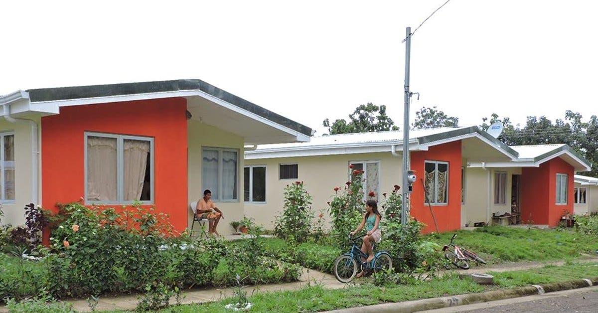 Provincia de Puntarenas ha recibido mas de 6 mil bonos de vivienda