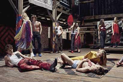 Calvin Klein anuncia campaña multimedios