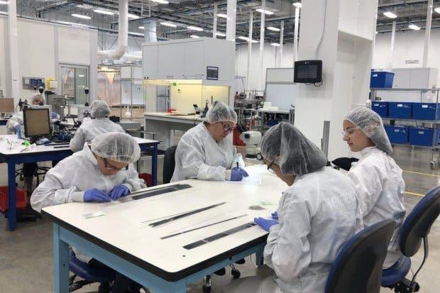 Empresa de dispositivos médicos Heraeus instala nueva planta en el país