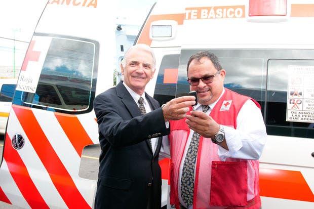 Automotriz donó ambulancia Volkswagen de última tecnología a la Cruz Roja