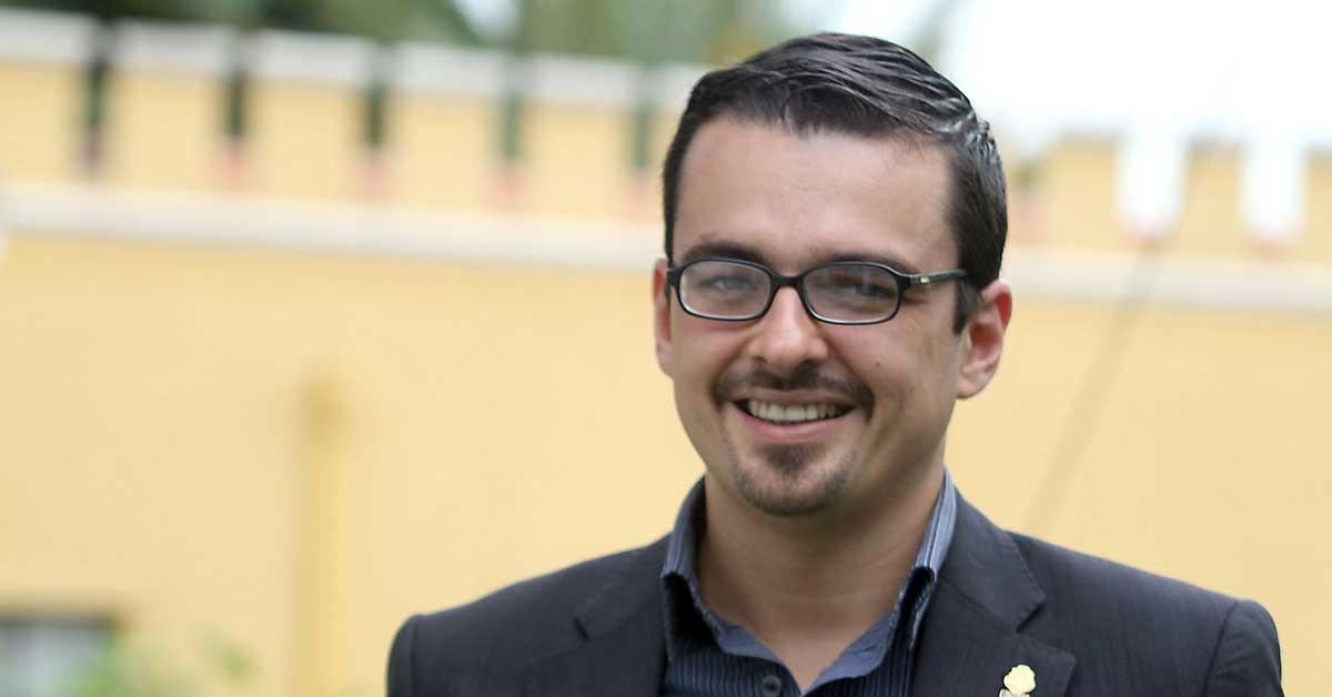"""Villalta: """"El PLN ha alcahueteado a los partidos cristianos"""