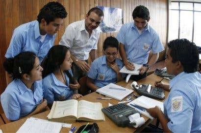 Estudiantes de 200 colegios recibirán lecciones de educación vial