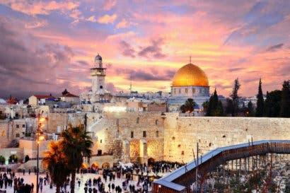 Embajada de Israel ofrece becas en energías limpias y turismo