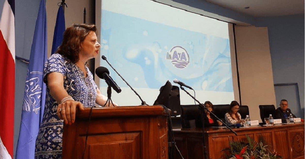 País cuenta con nueva política que resguarda el agua potable
