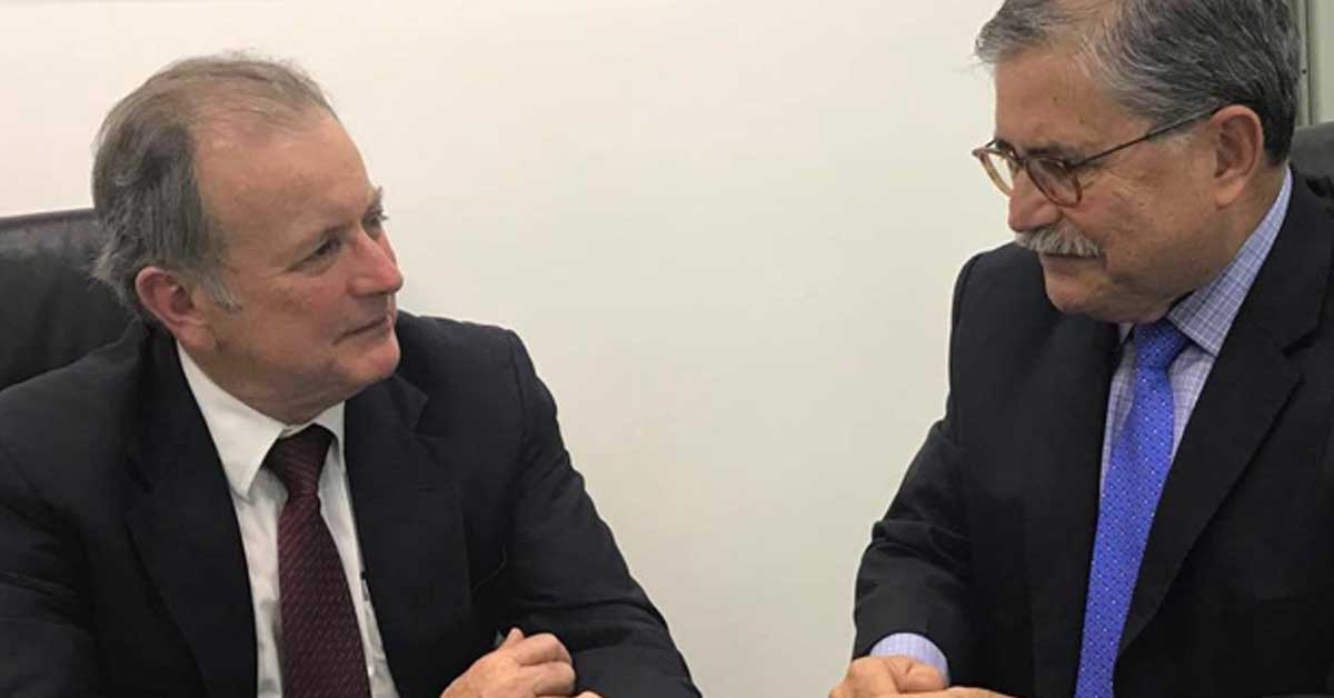 ¿Qué conversaron Ottón Solís y Juan Diego Castro?