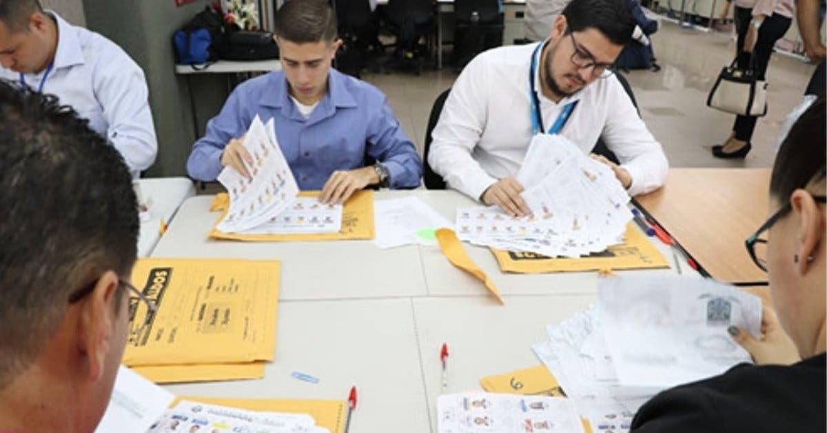 Conteo manual de votos durará un mes