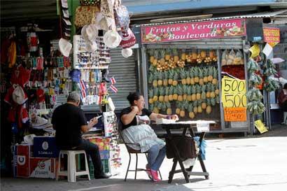 Ministerio de Salud reitera necesidad de evitar ventas ambulantes ilegales