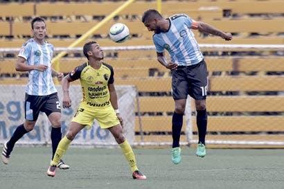 """Presidente Unafut: """"En este momento el fútbol nacional no se vende bien"""""""