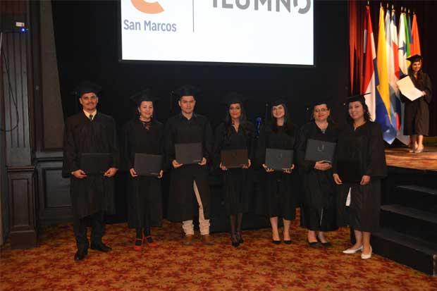 Costa Rica gradúa su primera generación de universitarios en carreras 100% virtuales