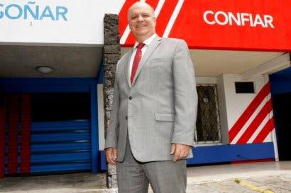 Rodolfo Piza fija propuestas del PUSC a los dos candidatos