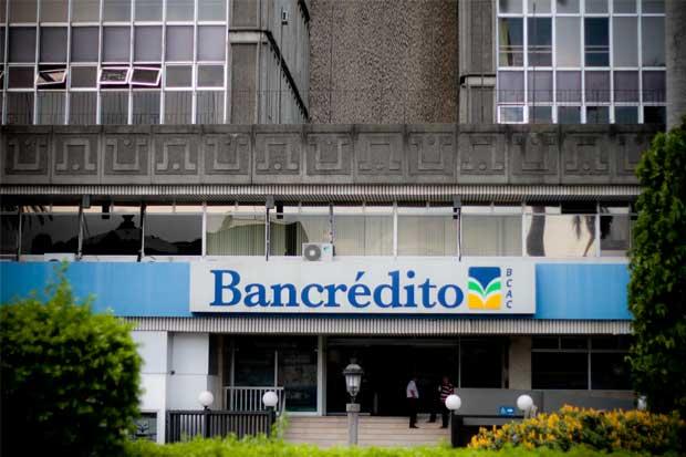 INS dejará de hacer depósitos en la tarjeta Bancrédito a sus asegurados