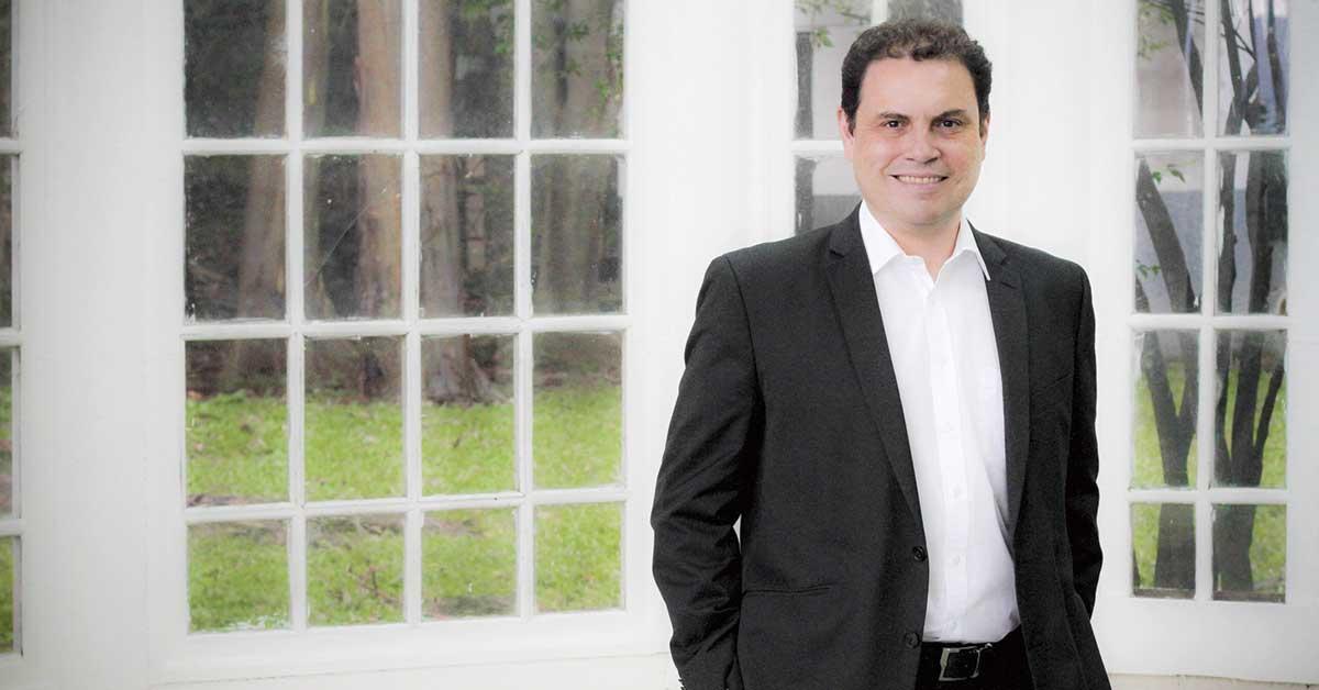 """Carlos Ricardo Benavides: """"PLN estará obligado a negociar agenda con otras fracciones"""""""