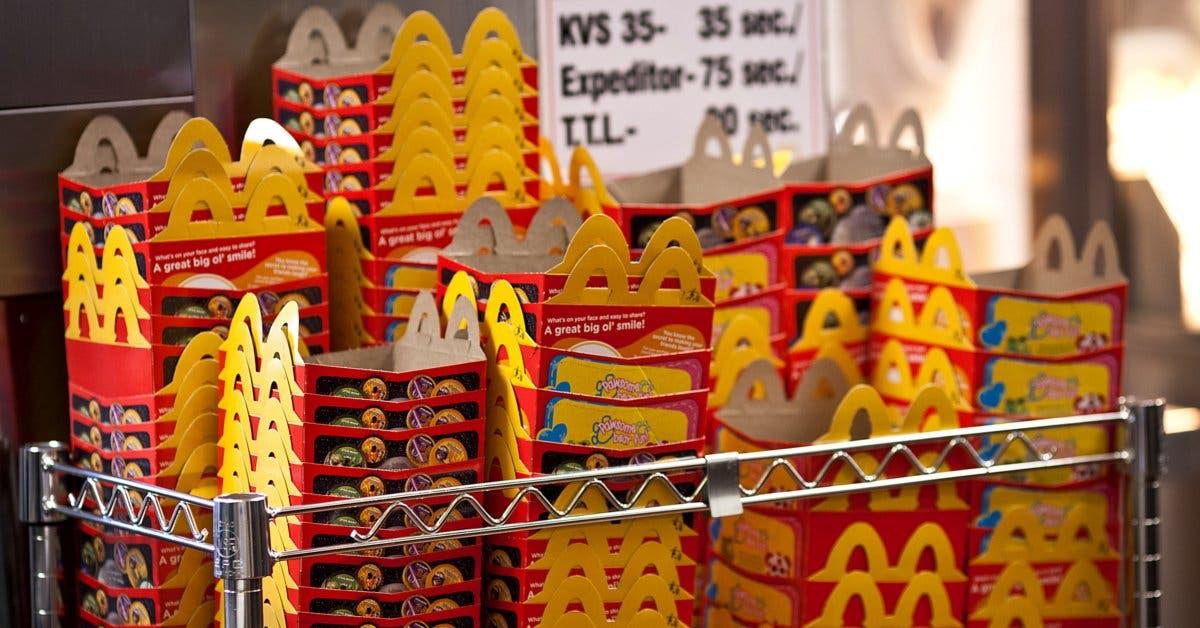 McDonald's pone a dieta la Cajita Feliz, eliminando el queso