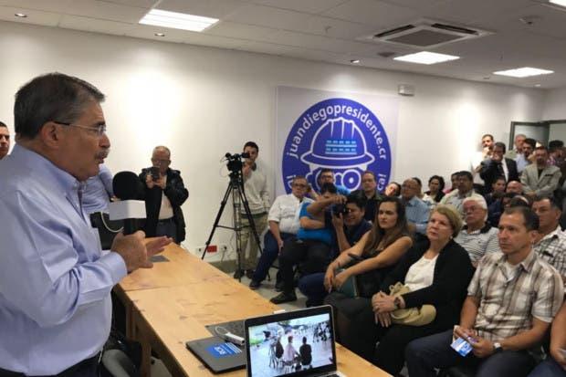 Juan Diego Castro anuncia su nuevo partido Reconstrucción CR