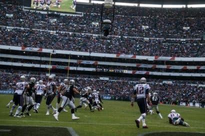 Amazon, YouTube y Twitter evaluarían ofertas por derechos de NFL