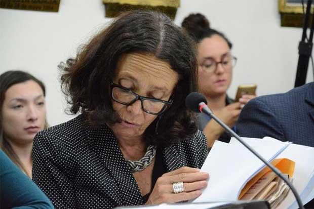 Diputada acusa a Samuel Yankelewitz de mentir para no ir a comparecer a Comisión