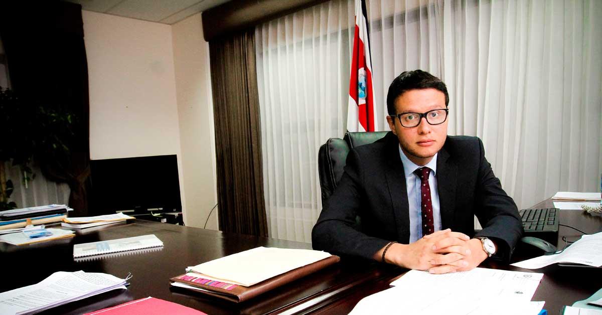 Ministro de Justicia sale al paso de cuestionamientos por hacinamiento carcelario