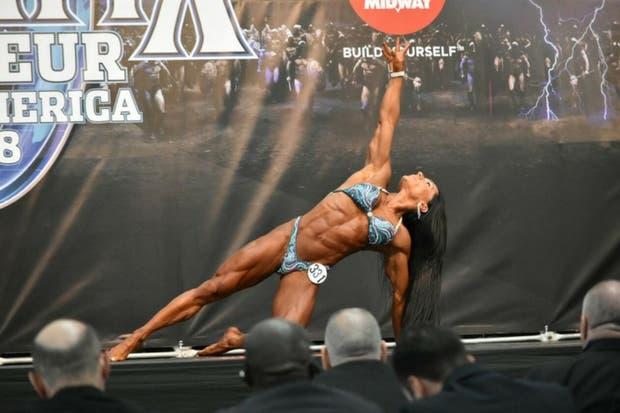 Tica ganó certamen internacional Olympia Amateur Suramérica