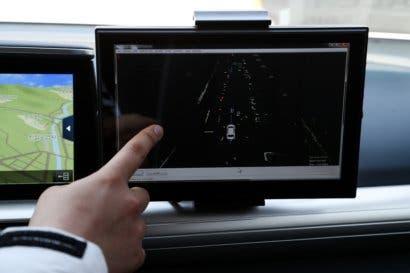 Startup israelí compite con Google procesando datos de coches