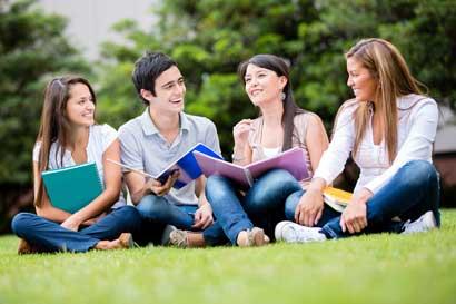 UTN e instituciones italianas inauguraron Escuela de Verano Pymes