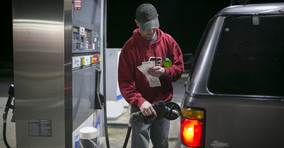 Coches a gasolina podrían desaparecer de Europa para 2040