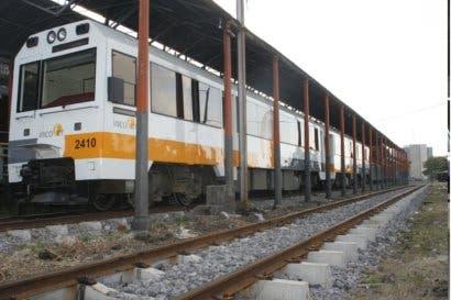 Lunes inicia instalación de dispositivos de seguridad en cruces de tren