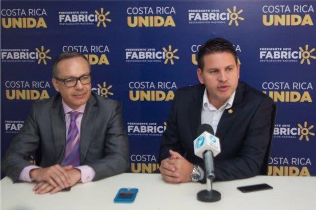 Fabricio Alvarado habla con Microsoft sobre oportunidades de trabajo