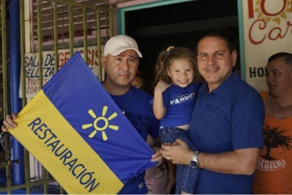 Alcaldes de Cañas y Esparza dieron su respaldo a Fabricio Alvarado