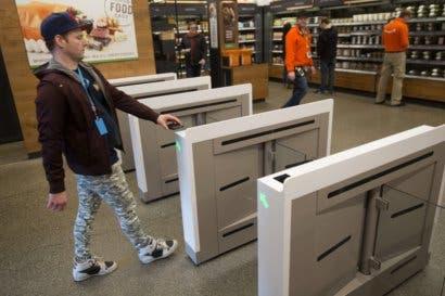Amazon planea abrir seis tiendas más sin cajas de pago