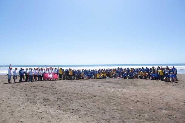Voluntarios se unieron en Playa Camaronal para ayudar a tortugas
