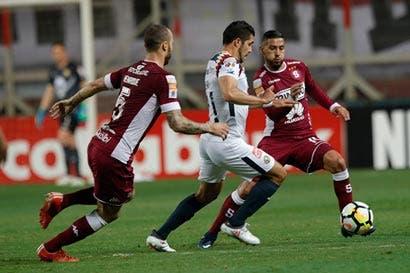 Futbolista tico se desvaloriza con malos resultados en Concachampions