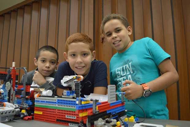 Fundación Omar Dengo abrió matrícula de cursos de robótica