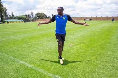 Equipo de fútbol de Sudáfrica anuncia fichaje de Usain Bolt