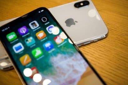 Apple planearía iPhone gigante de gama alta y modelo más barato