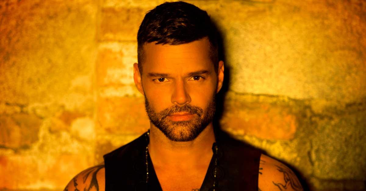"Ricky Martin lanzó ""Fiebre"""