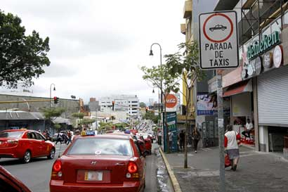 Alza en tarifas de taxis rigen a partir de hoy