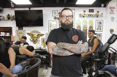 Franquicia de tatuajes abre su cuarto local en Curridabat