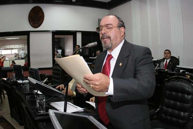 Olivier Jiménez contradice a Ottón Solís sobre cierre de Judesur