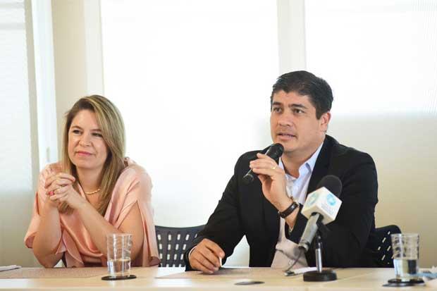 Carlos Alvarado asistirá solo a debate organizado por Estado de la Nación