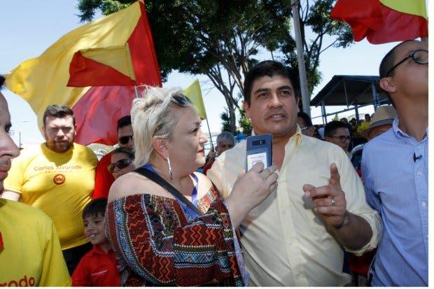Carlos empata a Fabricio en intención de voto según la UCR