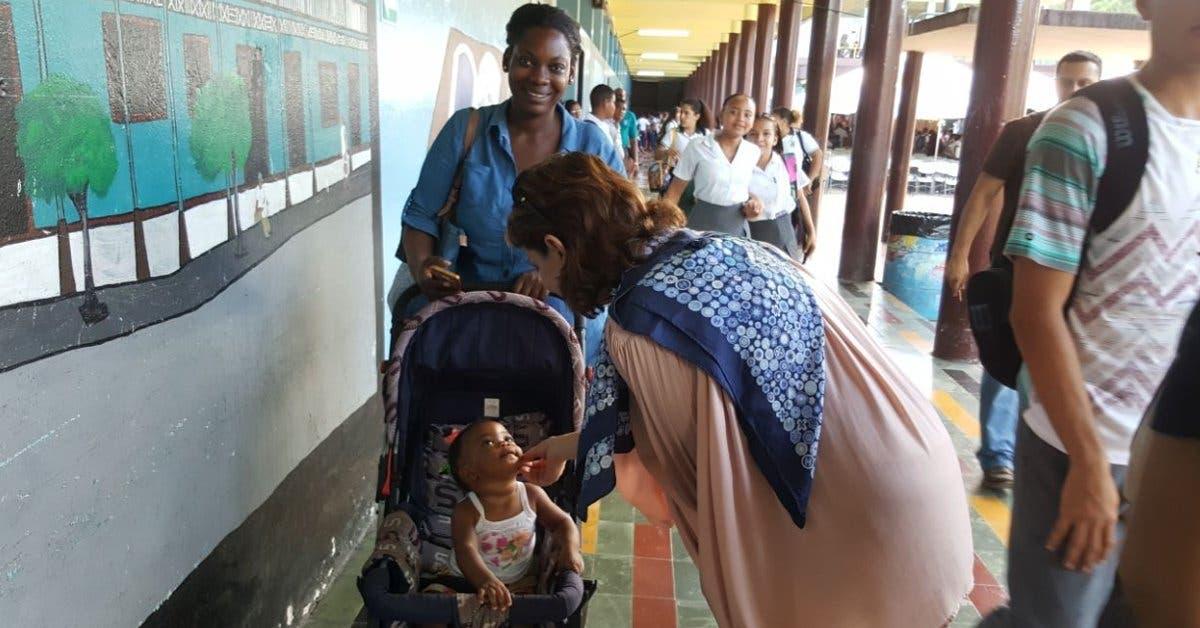 Familias limonenses se benefician con programa gubernamental