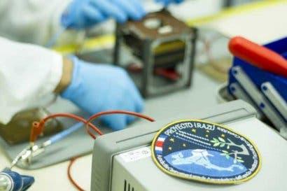 Primer satélite tico llegará al espacio en abril