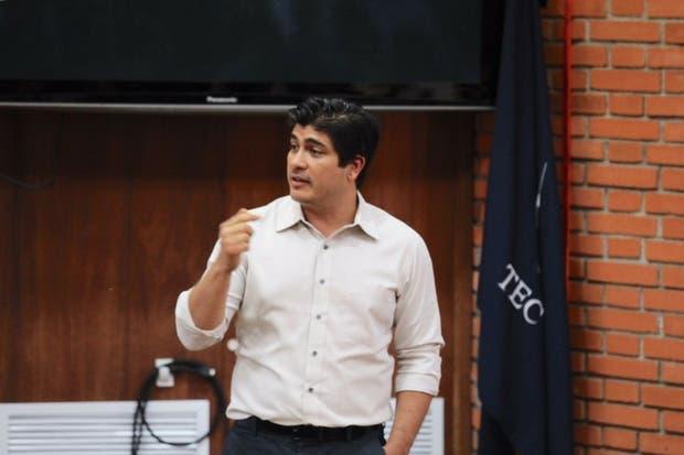 TEC mantendrá conversatorio solamente con Carlos Alvarado