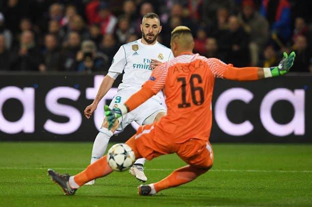 Con equipo completo a París — REAL MADRID