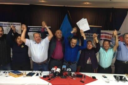 Nuevos impuestos unen a sindicatos y terminan con 20 años de rivalidades