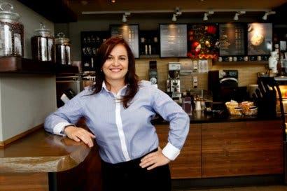 Starbucks inauguró local y tours cafeteros en Alajuela