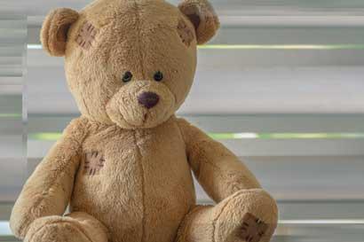 Peluches toman Plaza de la Cultura para concientizar sobre violencia infantil