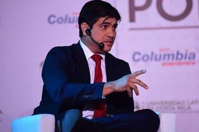 """Carlos Alvarado: """"Equipo económico de Fabricio Alvarado no tiene plan de trabajo"""""""