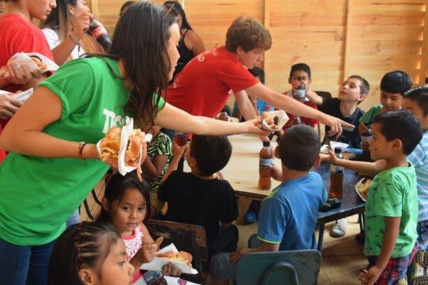 Alianza entre Subway y TECHO permite construir comedor multiuso en Guararí