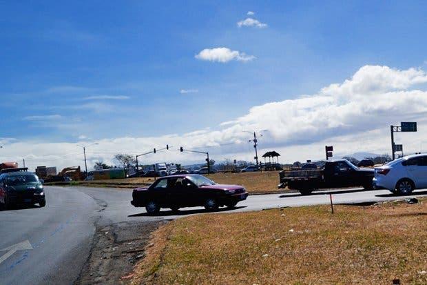 Semáforos del cruce del aeropuerto serán intervenidos el miércoles
